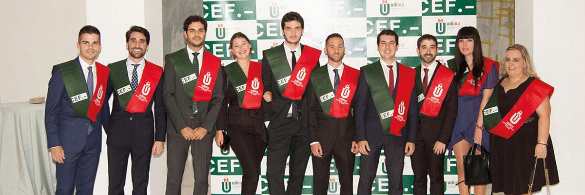 Acto de graduación de estudiantes en Valencia