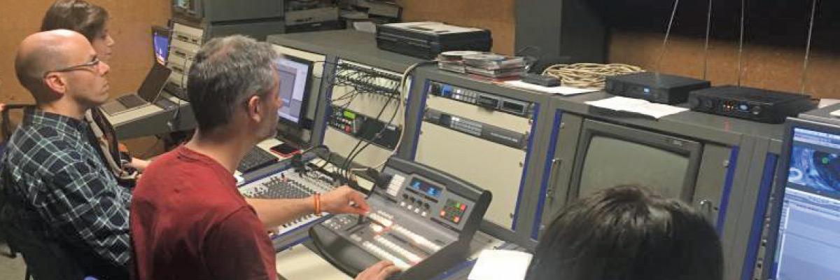 Alumnos de Udima en el estudio de Radio