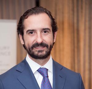 Arturo de las Heras elegido mejor empresario 2016 en el sector de la formación
