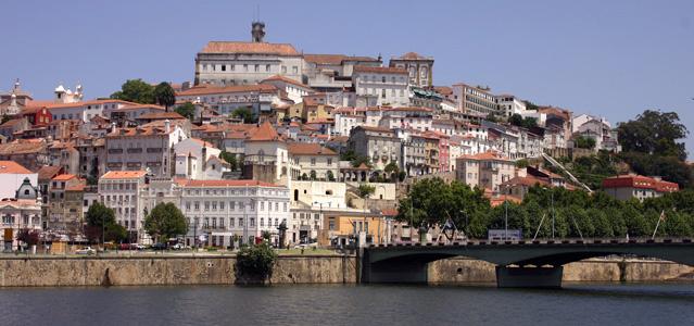De Coimbra a Oporto a ritmo de fado