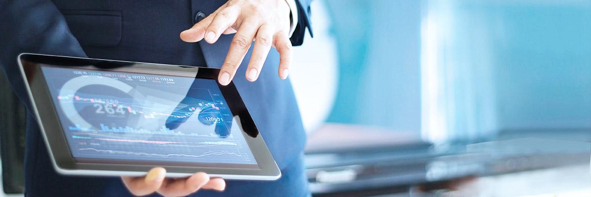 Mostrando en tablet datos financieros