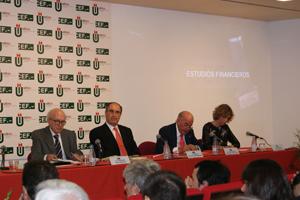 Entrega premio Estudios Financieros