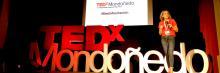 Ana Landeta durante la Segunda edición del TEDxModoñedo