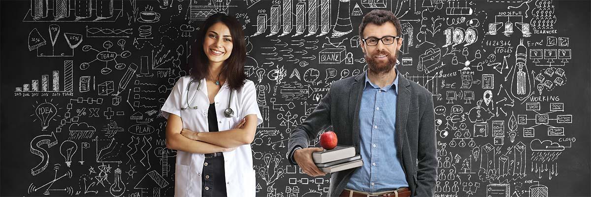 Profesor y doctora empresa pública
