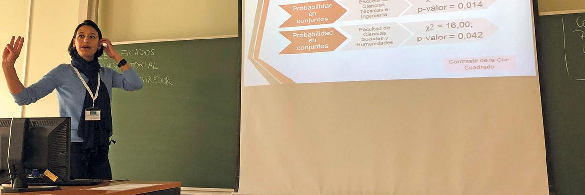Vanessa Fernández profesora de la Escuela de Ciencias Técnicas e Ingeniería
